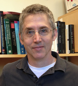 Photo of Eric Gouaux, Ph.D.