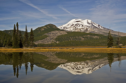 South Sister mountain behind Sparks Lake in Central Oregon during midday
