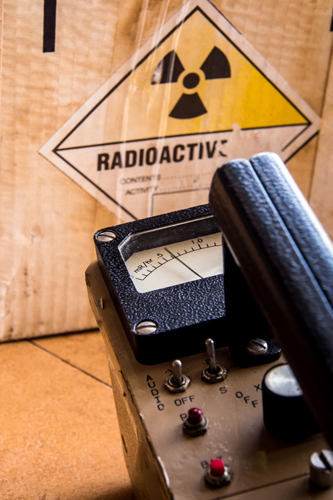 Radioactive Sticker and Geiger Counter