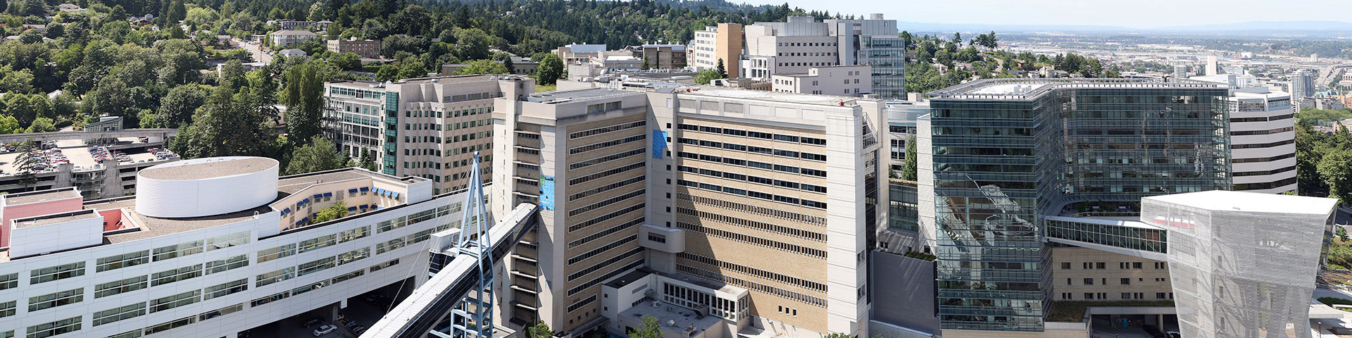 Picture of OHSU skybridge and main hospital.