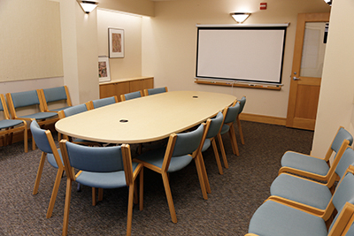 M1443 meeting room in the Vollum Institute