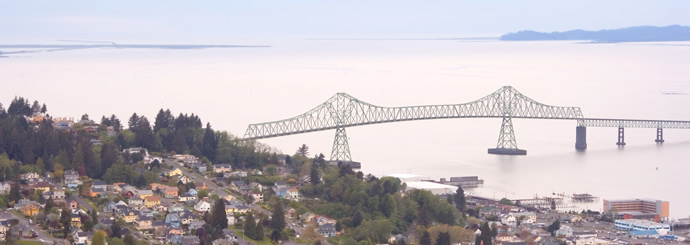 Scenic view of Astoria-Megler Bridge and mouth of the Columbia River
