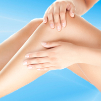 Microphlebectomy surgery removes problematic or large varicose leg veins.